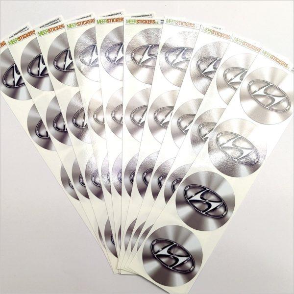 Wielnaaf stickers Hyundai chrome